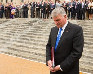 Franklin Graham: 'The Persecution of Christians Is Escalating'